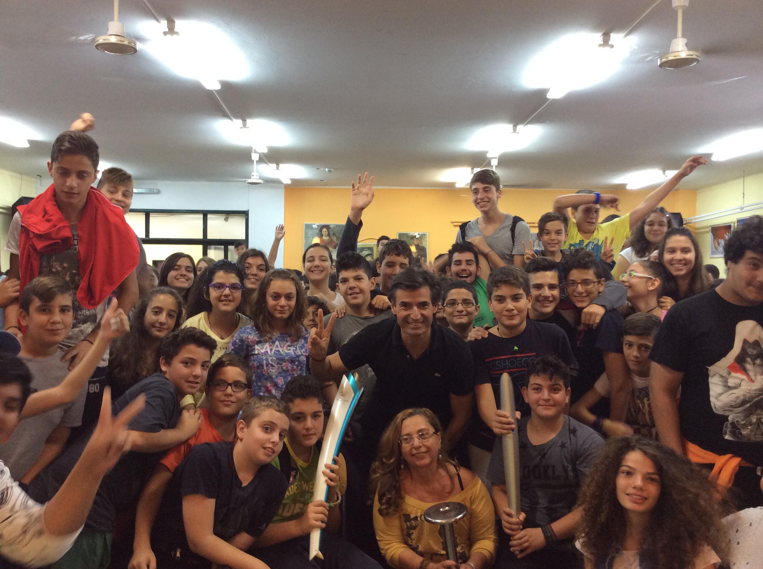 Περιοδεία του Νίκου Μιχαλόπουλου σε σχολεία της Αθήνας